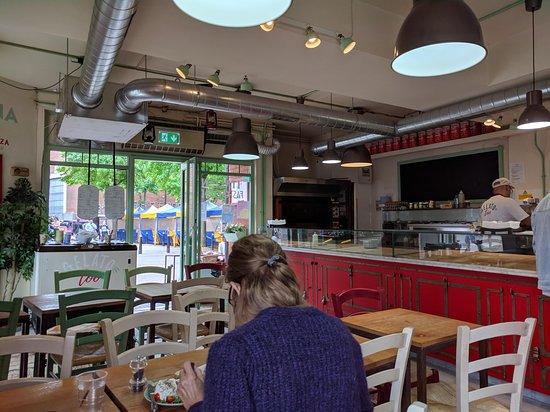 Headington, UK: пиццерия