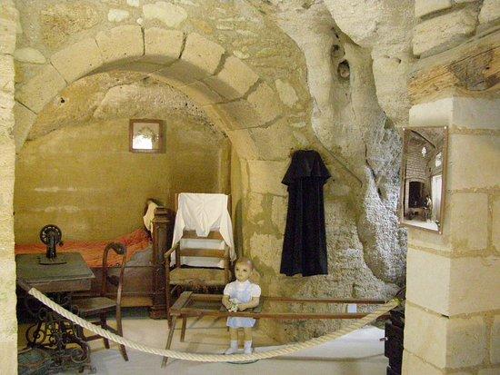 Louresse-Rochemenier, France: Habitation du 19ème siècle