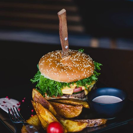 Pieria Region, اليونان: Τo πιο λαχταριστό & ζουμερό Burger