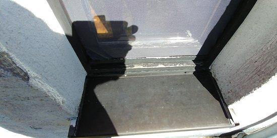 Oberhambach, เยอรมนี: slecht onderhoud aan ramen en deuren
