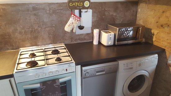 Razac-d'Eymet, Francja: Le Poulailler - Kitchen