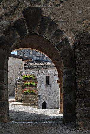 Besenello, Италия: Vista sulla corte