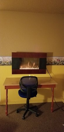 Jackson, MN: The desk clerk was so proud to show us our very own fireplace.. It was cute