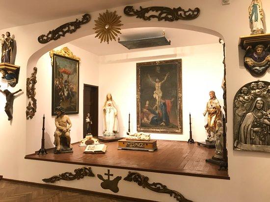Muzeum Sztuki Sakralnej w Ligocie Dolnej pod Gora Sw. Anny