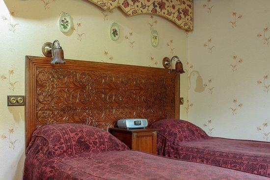 Strathyre, UK: The Garden Room - Ground floor twin bedroom with en-suite