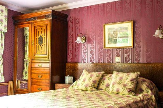 Strathyre, UK: Rowan - first floor double room with en-suite