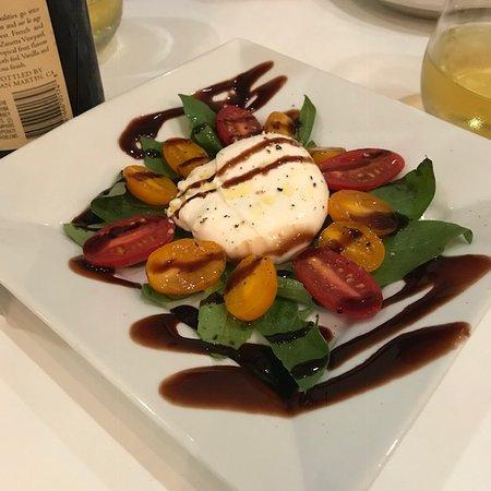 Pastorante: Caprese Salad