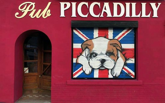 Le Piccadilly Pub