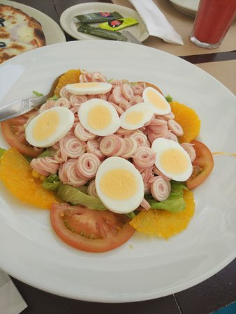 Caparica, Portugal: salada
