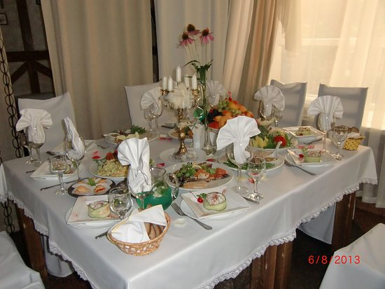 Kurchatov, Ρωσία: Стол к дню рождения приготовлен