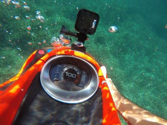 Eco Gliss : Support gopro sur le seabob rouge