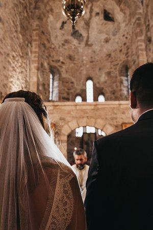 Filiatra, Grecja: Βρεθήκαμε στον ναό τον Αύγουστο του 2018, καθώς φωτογραφίζαμε τον γάμο δύο φίλων.