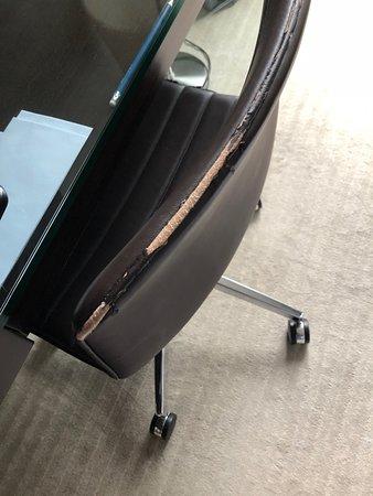 sedia della scrivania in camera da letto - Picture of Park ...