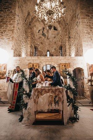 Filiatra, Grecia: Βρεθήκαμε στον ναό τον Αύγουστο του 2018, καθώς φωτογραφίζαμε τον γάμο δύο φίλων.