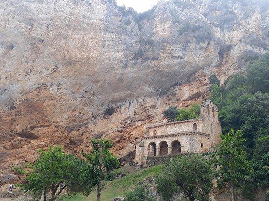 Tobera, Spain: Asomada...