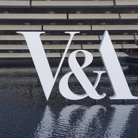 V & A - Victoria and Albert Museum, Dundee