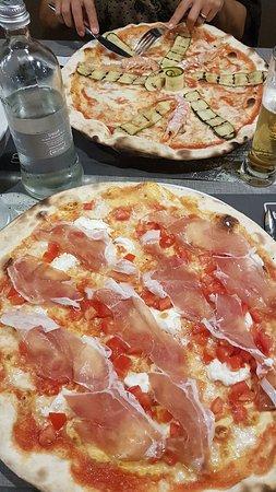 Reggiolo, Italie : 20180725_203141_large.jpg