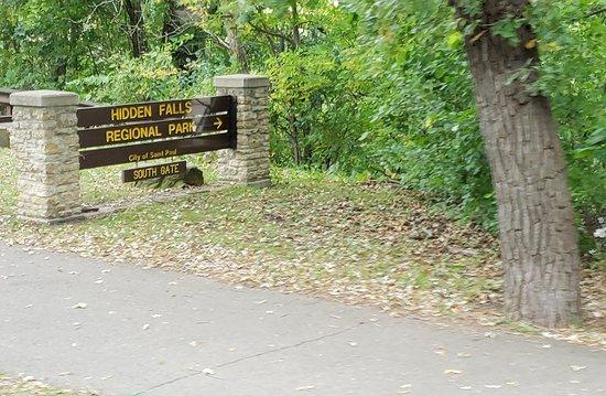 Hidden Falls Regional Park, St Paul, MN, September 2018