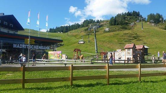 Sonnenalpe Nassfeld, Αυστρία: De Madritschenbahn, direct aan het Sportappartments Sölle