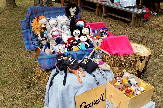 Divcibare, Serbia: Bambole fatte a mano