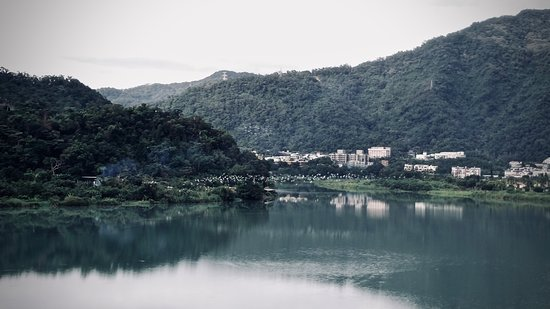 Guang Xing Riverside Park