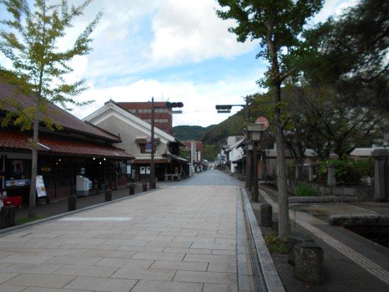 Tsuwanocho Hommachidori
