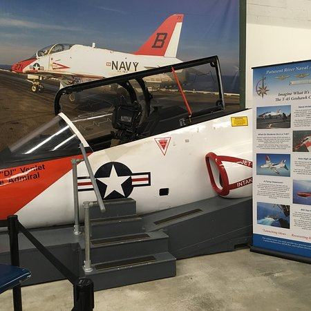 Patuxent River Naval Air Museum: photo1.jpg