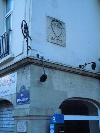 Cadran Solaire de Salvador Dalí