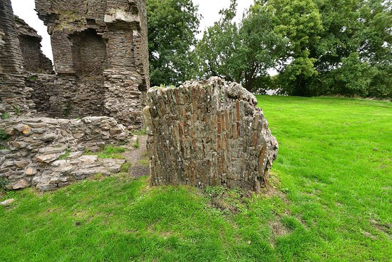 Loughor, UK: Part of the Castle