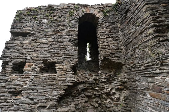 Loughor, UK: The Castle
