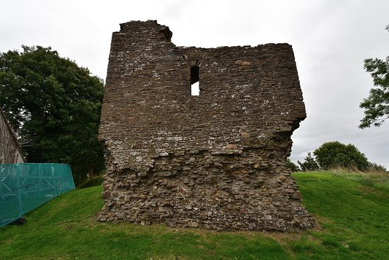 Loughor, UK: The Castle