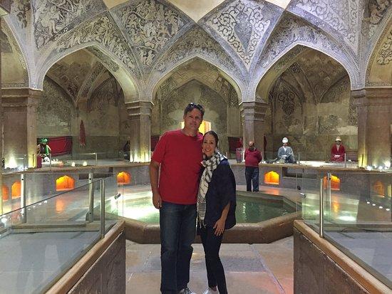 Vakil Bath: Lugar muito agradável