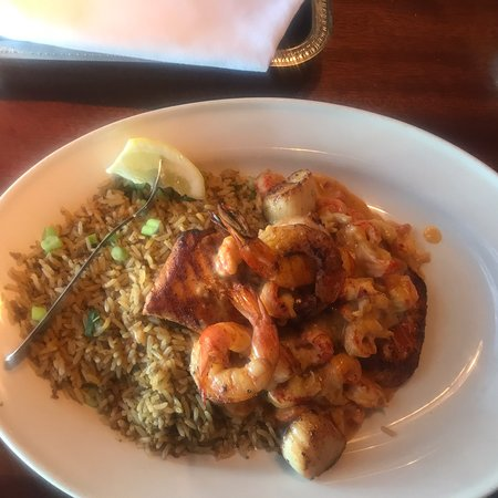Pappadeaux Seafood Kitchen: photo0.jpg