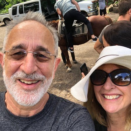 Waipi'o On Horseback: photo0.jpg
