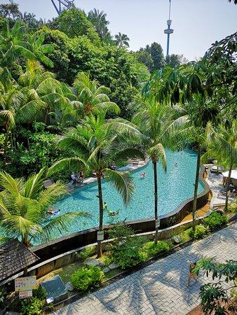 Siloso beach resort sentosa au 191 a u 2 8 5 2018 - Siloso beach resort swimming pool ...
