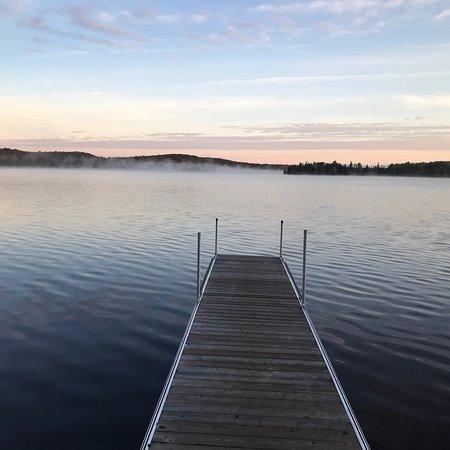Tom Thomson Park: Trail entrance, boat launch, dock