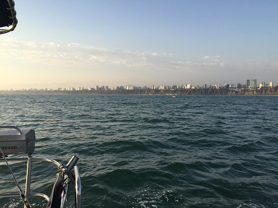 Sailing Lima