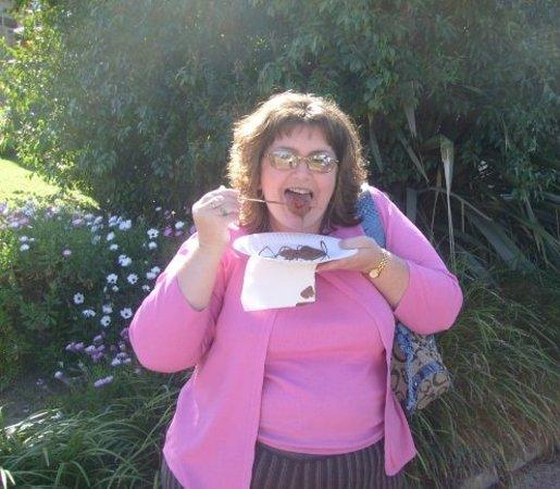 Bellbird, Australia: Chocolate covered Strawberries... YUM!!!