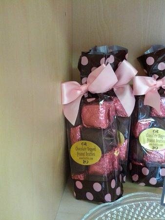 Sumner, WA: Chocolate Dipped Peanut Bruttles @ Ciarrai Jeanne candy store
