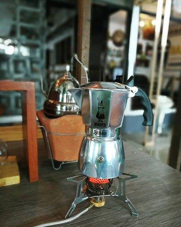Sin Lapin WhiteTemple: Moka Pot Coffee