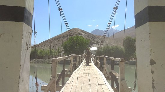 Phander, Pakistan: Bridge