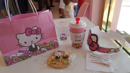 Hello Kitty Cafe: These  items can be collectibles