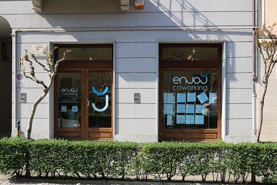 Savigliano (CN) - Corso Roma 87 - Tel. 3489233431 - enjoy.coworking@gmail.com