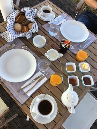 Kanali, Greece: The three course breakfast is amazing! This is the starter.