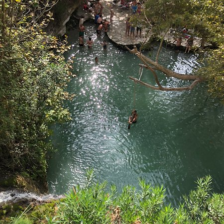 Adonis Baths Water Falls: photo1.jpg