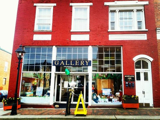 Rogersville, TN: LOCAL ARTISTS GALLERY (Classes•Crafts•Arts)