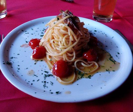 Introzzo, Italy: Linguine ai missoltini