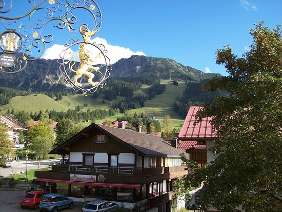 Oberjoch, Germany: Ausblick vom Zimmer zum Iseler Berg