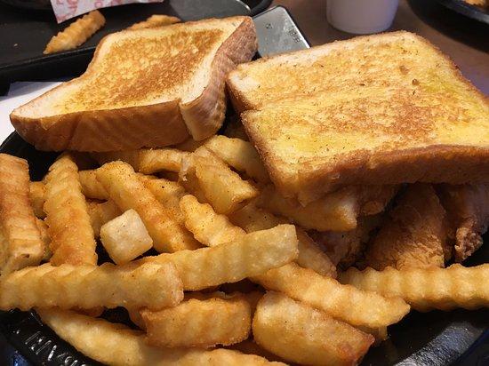 Clinton, MS: Texas Toast & Fries