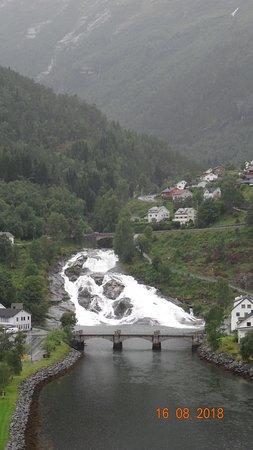 Hellesylt, Norwegia: Водопад Хеллесильт, 16 августа 2018 года...